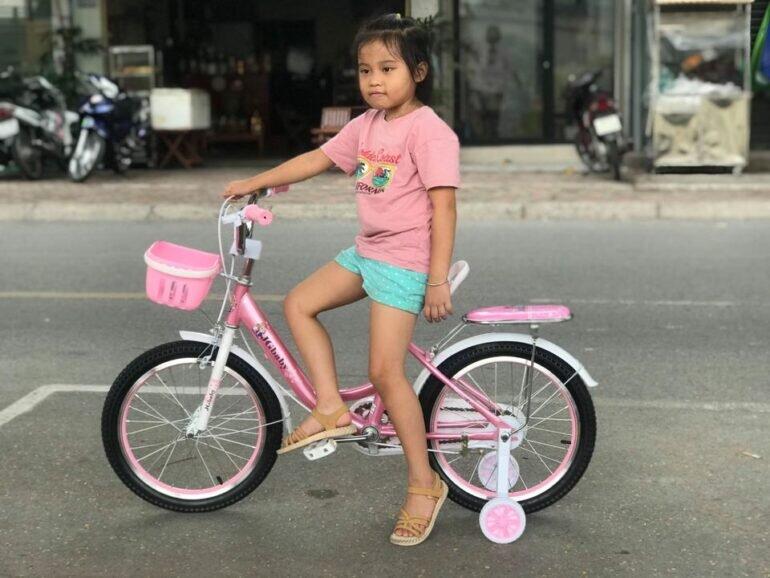 Xe đạp trẻ em 6 tuổi JGbaby - Giá tham khảo: 950.000 vnđ - 1.250.000 vnđ