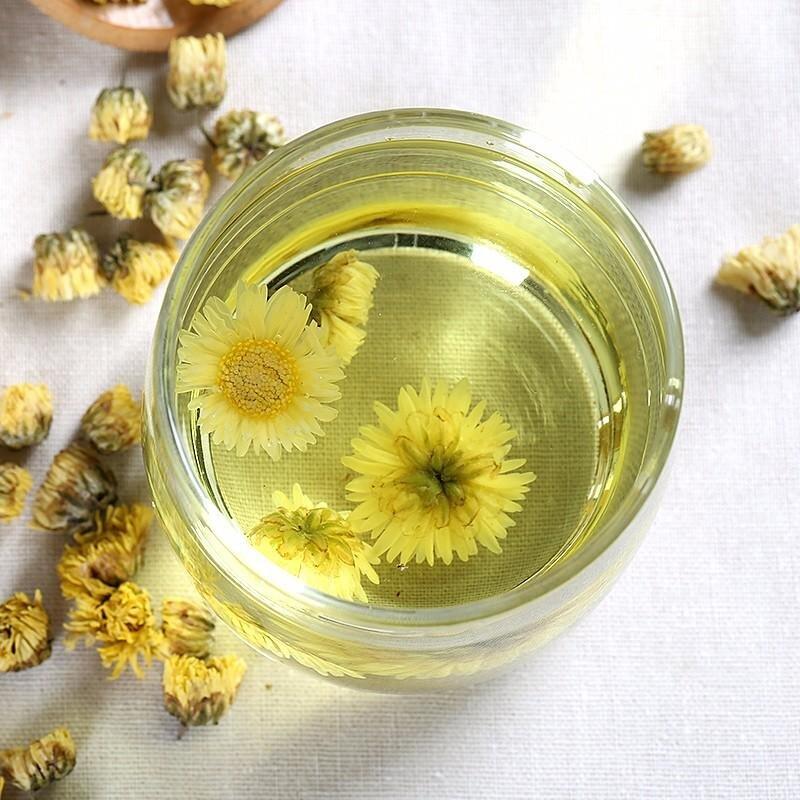 Trà hoa cúc lợi tiểu, mát gan giải nhiệt cơ thể