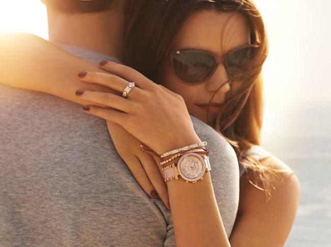 Một chiếc đồng hồ hợp màu da cũng là một trong những tiêu chí hàng đầu