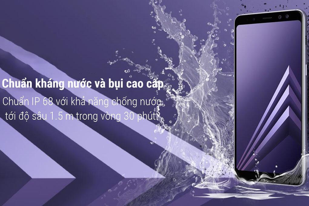 Samsung Galaxy A8+ có khả năng chống nước theo tiêu chuẩn IP68
