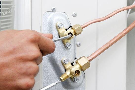 Cần phải đổi ống đồng khi thay điều hòa mới không ?
