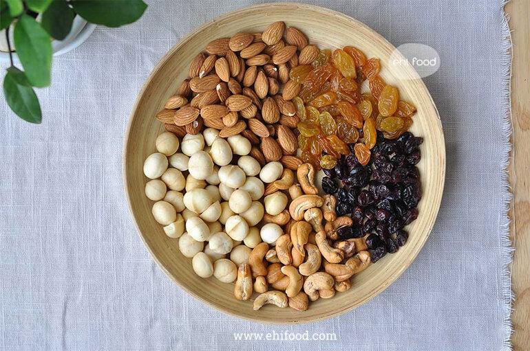 Hạt dinh dưỡng mixed cung cấp nguồn dinh dưỡng dồi dào cho cơ thể, là món ăn vặt đẳng cấp cho mẹ bầu và thai nhi, , trẻ em, người cần bổ sung dinh dưỡng …