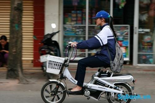 Đi xe đạp điện phù hợp với trời nắng ráo