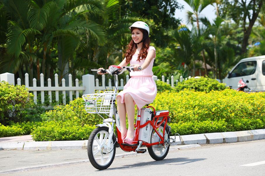 Tư thế ngồi đúng khi sử dụng xe đạp điện