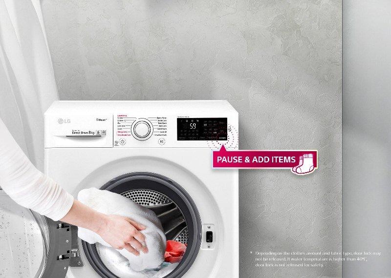 Cửa máy được thiết kế rộng rãi