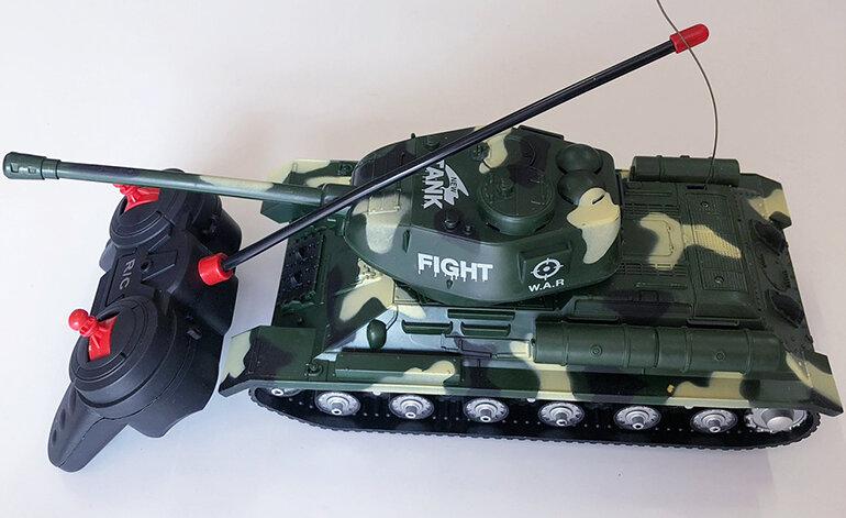 Đồ chơi xe tăng