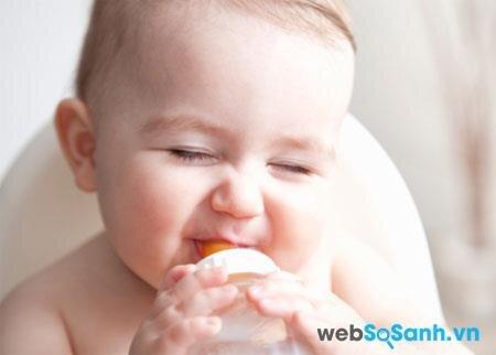 Sữa bột Wakodo Bonlact I bổ sung lợi khuẩn đường ruột cho bé