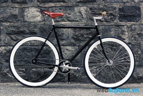 Nếu tốc độ là mục đích chính khi đi xe đạp thì yên xe nên nhỏ
