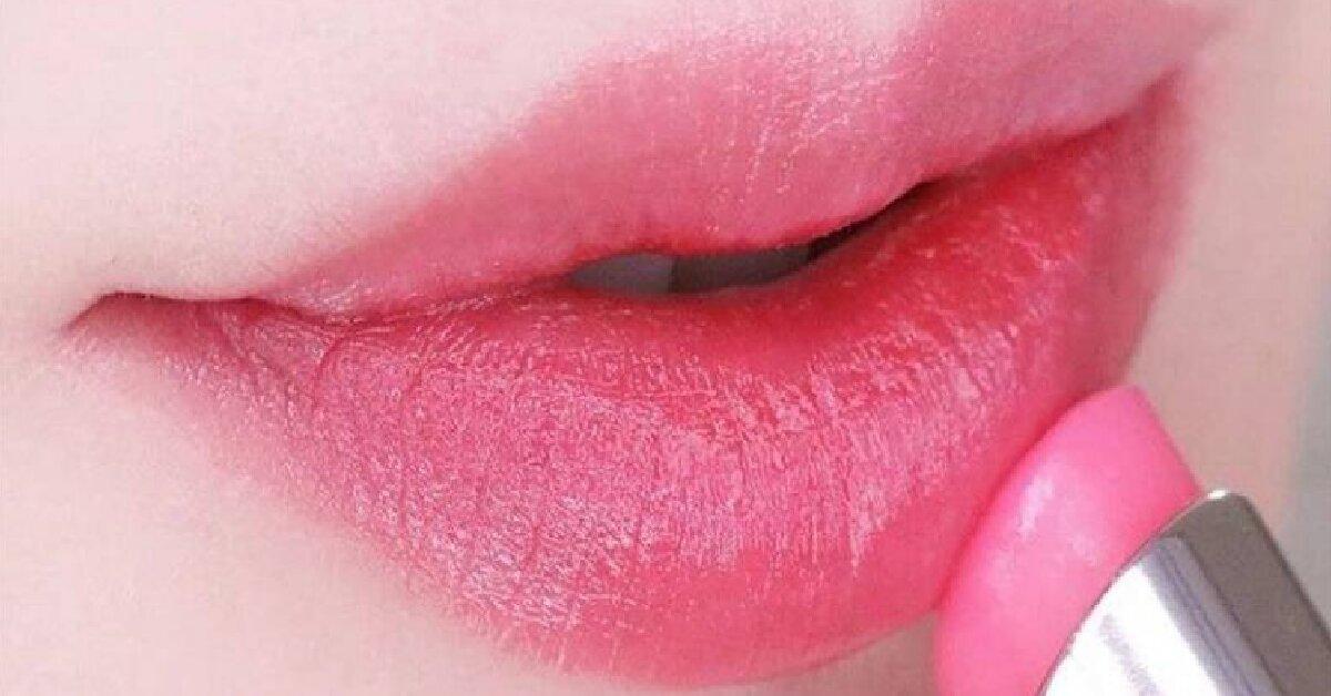 Review son dưỡng Dior 008 - Son dưỡng có màu hồng sen tươi tắn, quyến rũ lạ kỳ