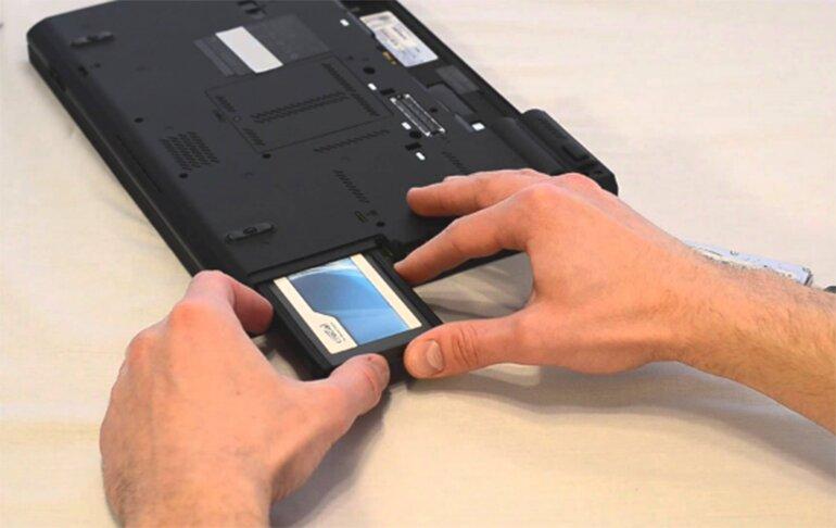Nâng cấp ổ cứng SSD cho Macbook là lựa chọn đúng đắn khi máy chậm