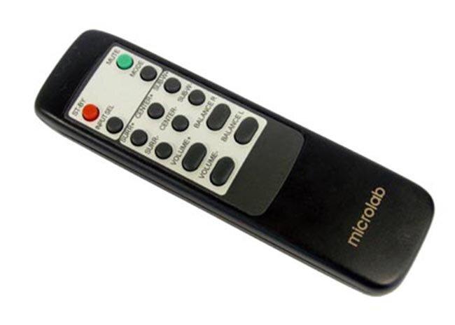 Bộ điều khiển từ xa tiện lợi của Loa Microlab FC 730 5.1