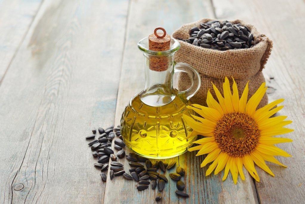 Dầu hướng dương có hàm lượng vitamin E cao nhất trong các loại dầu thực vật