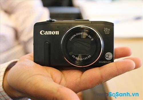 Máy ảnh compact Canon PowerShot SX280 HS có thiết kế nhỏ gọn, nhưng chắc chắn nhờ thân được làm bằng kim loại