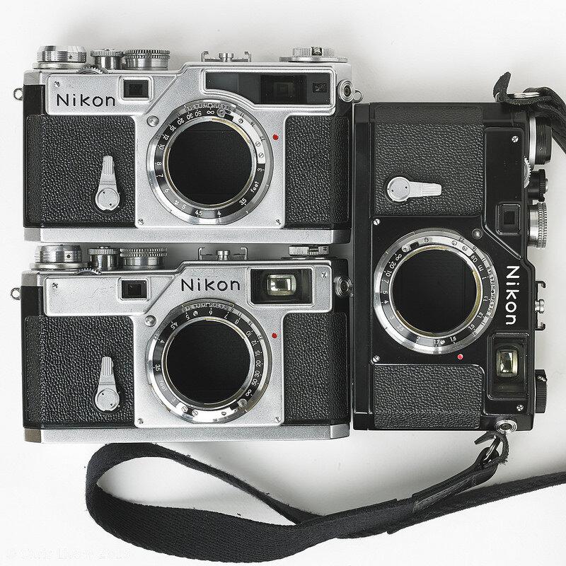 Máy ảnh rangefinder chuyên nghiệp với kiểu dáng cổ điển