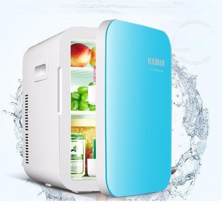 Tủ lạnh mini phù hợp nhiều vị trí trong gia đình.