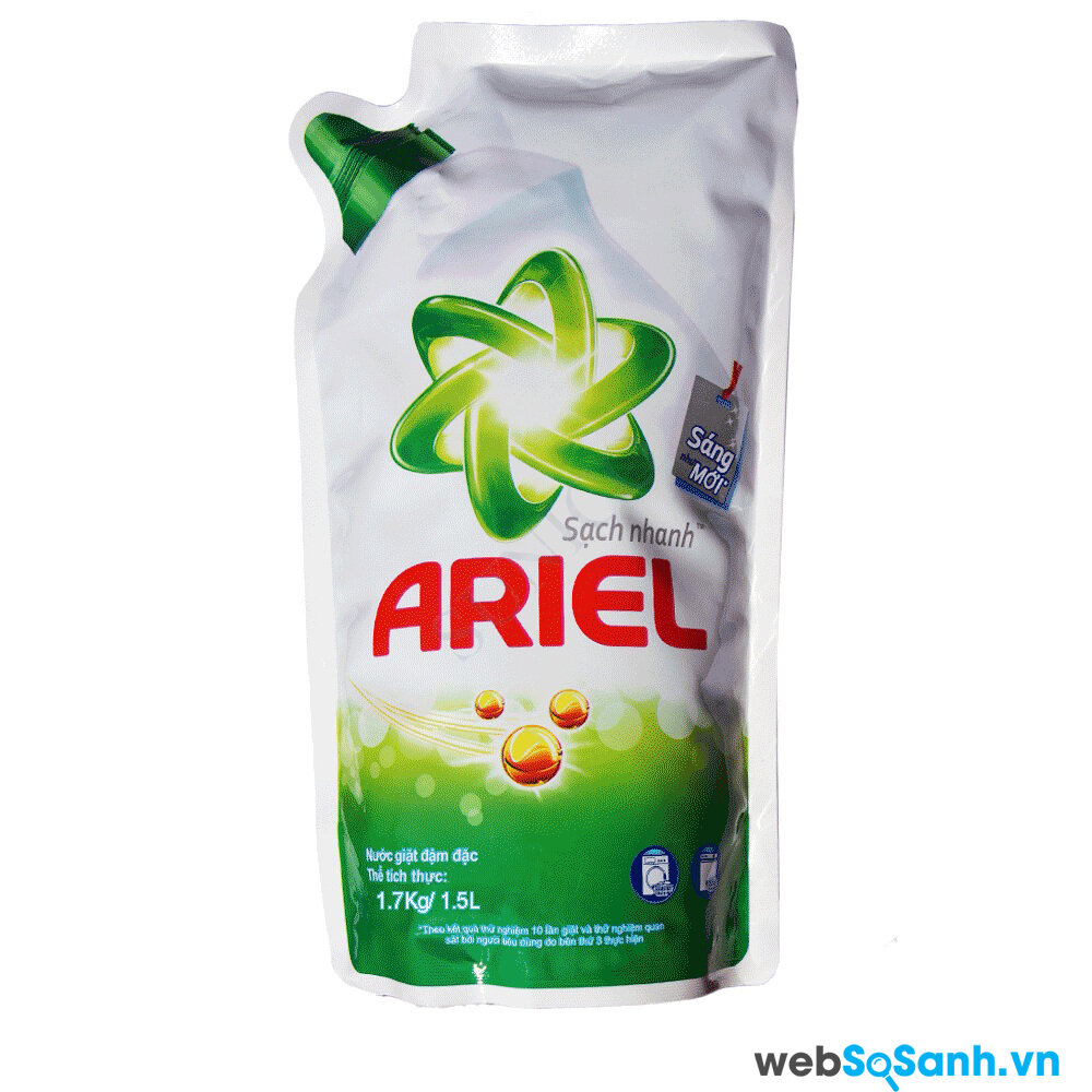 Nước giặt Ariel được nhiều người sử dụng trong việc giặt quần áo bằng máy giặt