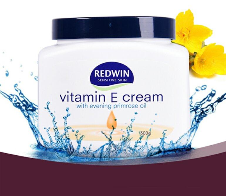 Kem dưỡng ẩm kết hợp vitamin mang lại làn da căng mịn