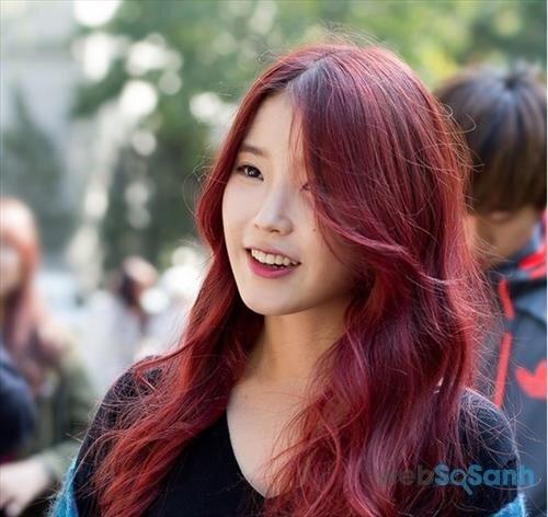 Nhuộm tóc tự nhiên màu hung đỏ