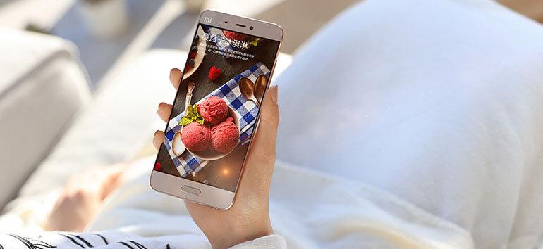 Giá bán chính là một lợi thế vượt trội của Mi 5 trước Galaxy S7 nhờ chính sách giá thành sản phẩm của Xiaomi.