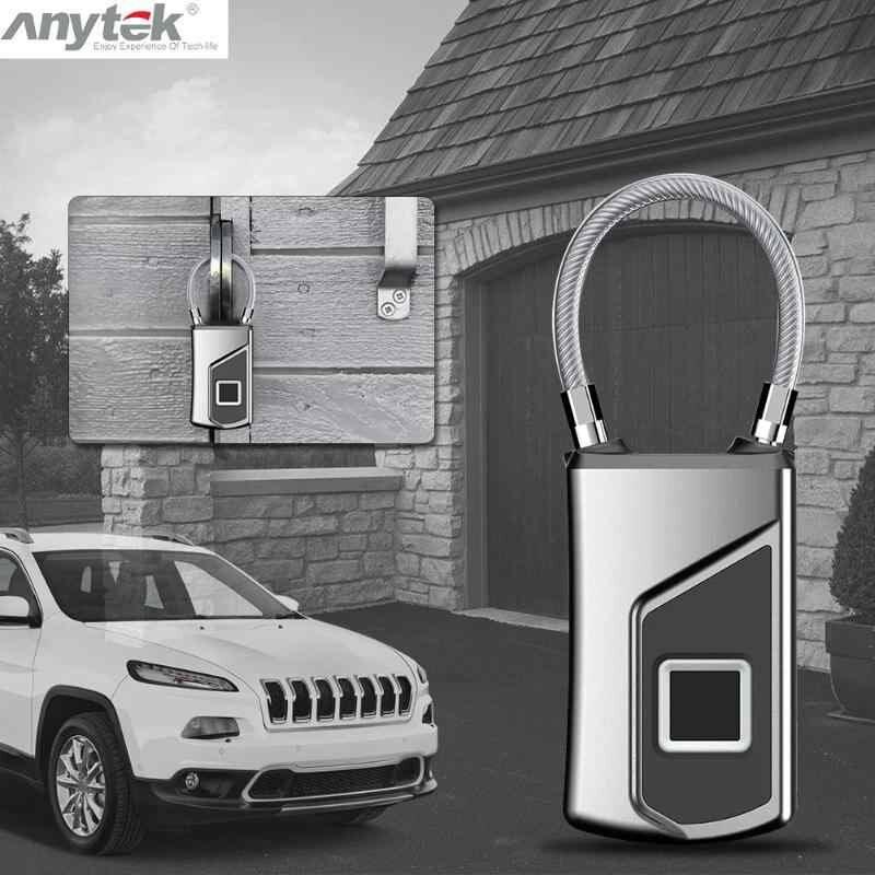 Dung lượng pin ổ khóa vân tay Anytek lớn, thời gian sử dụng lên đến 1 năm