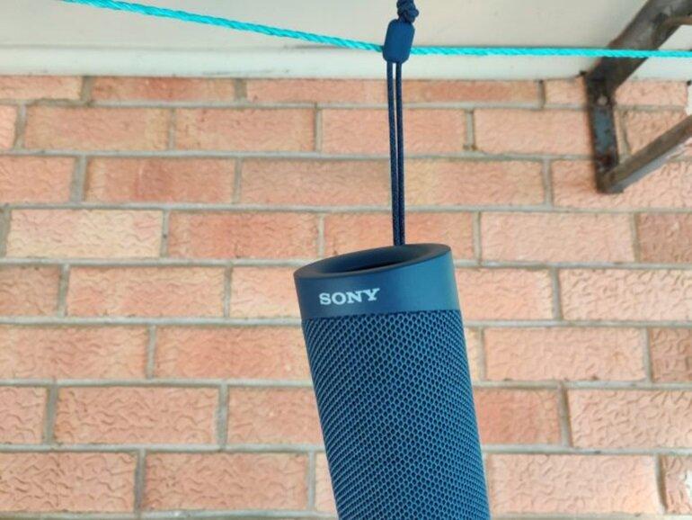 Đánh giá loa bluetooth Sony SRS-XB23: Thiết kế mới, âm thanh hay! | websosanh.vn