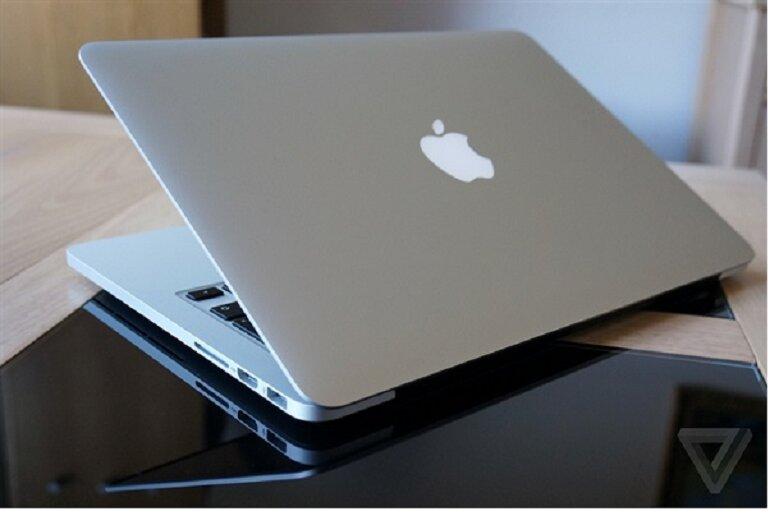 Macbook pro cũ