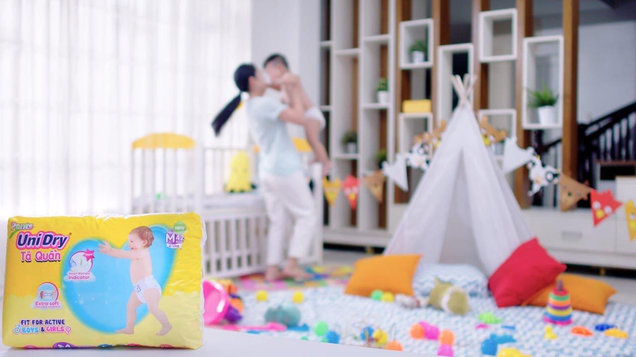 Tã quần Unidry được thiết kế luôn đảm bảo sự thoải mái tối ưu cho trẻ