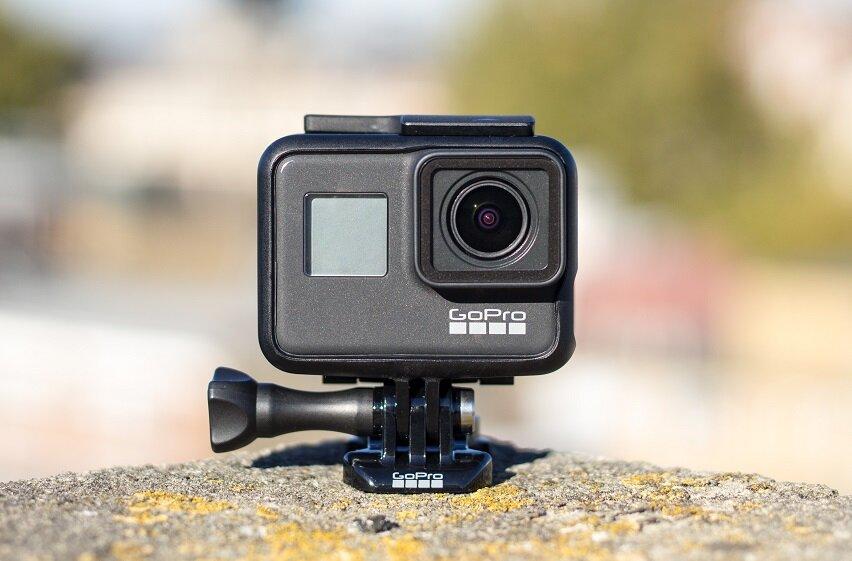 Máy quay camera hành trình GoPro Hero 7 Black kiểu dáng nhỏ gọn