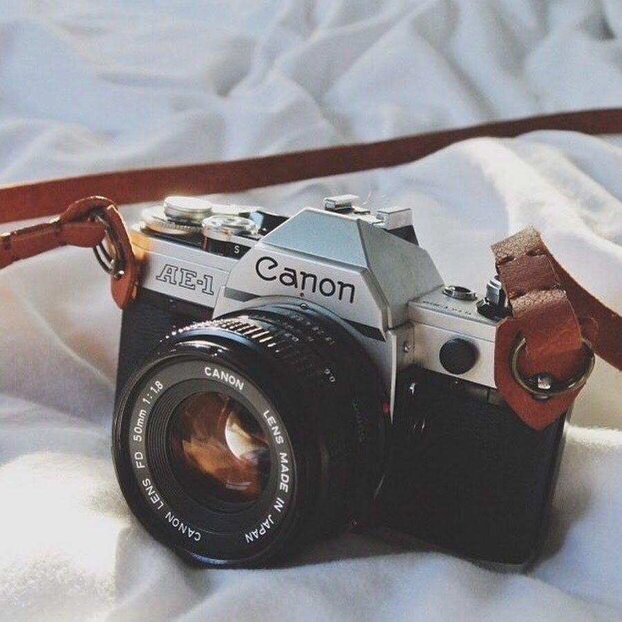 Máy ảnh Canon có thiết kế tương đối mỏng nhẹ