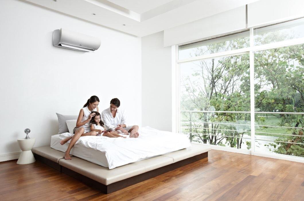 Đóng cửa kín khi mở máy lạnh tiết kiệm điện đáng kể cho gia đình