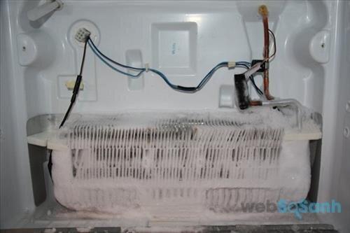 tủ lạnh hitachi bị đóng tuyết