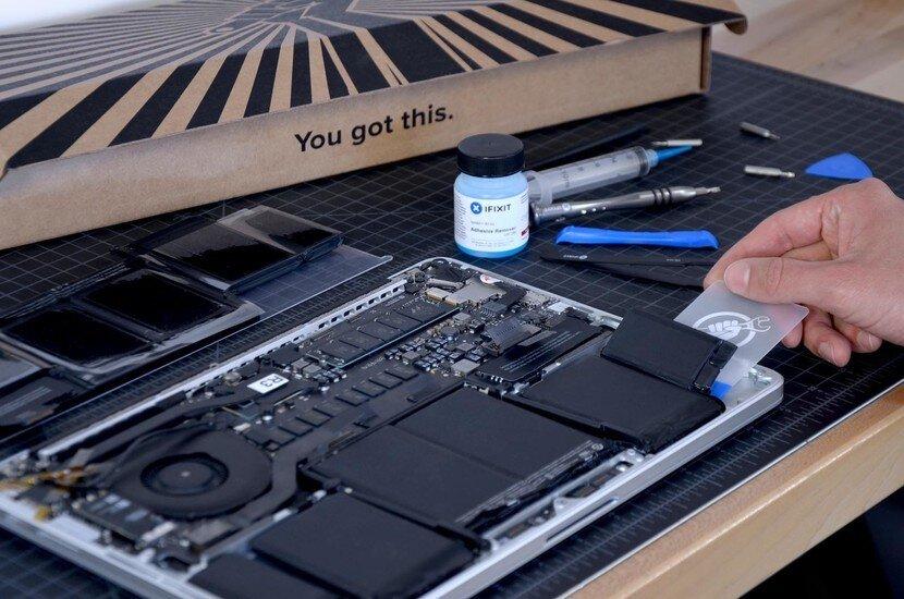 Khi Macbook đã đạt từ 500-1000 lần sạc, bạn cần thay pin Macbook để an toàn khi sử dụng