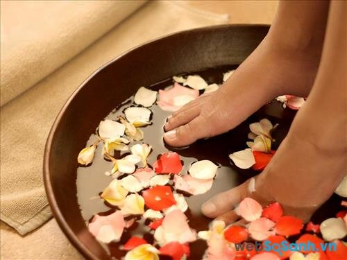 Ngâm chân có tác dụng rất tốt cho sức khỏe