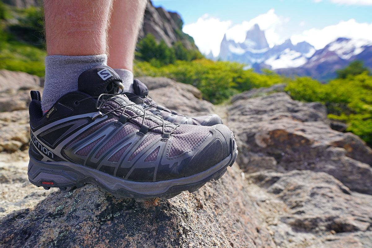 Đôi giày đi phượt bất chấp mọi mưa giông và bụi bẩn
