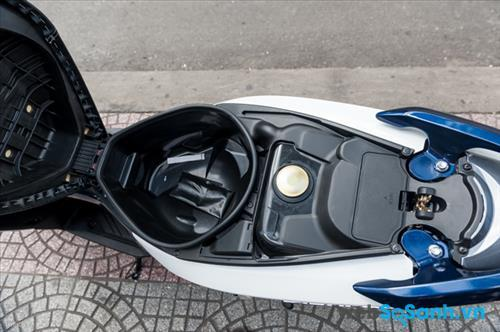 Cốp Suzuki Impulse rộng 18 lít