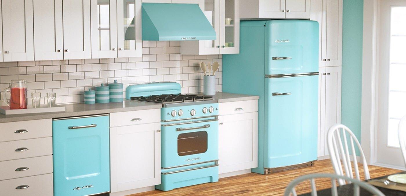 Các khay kệ bên trong ngăn chứa tủ lạnh gia đình giá rẻ Aqua