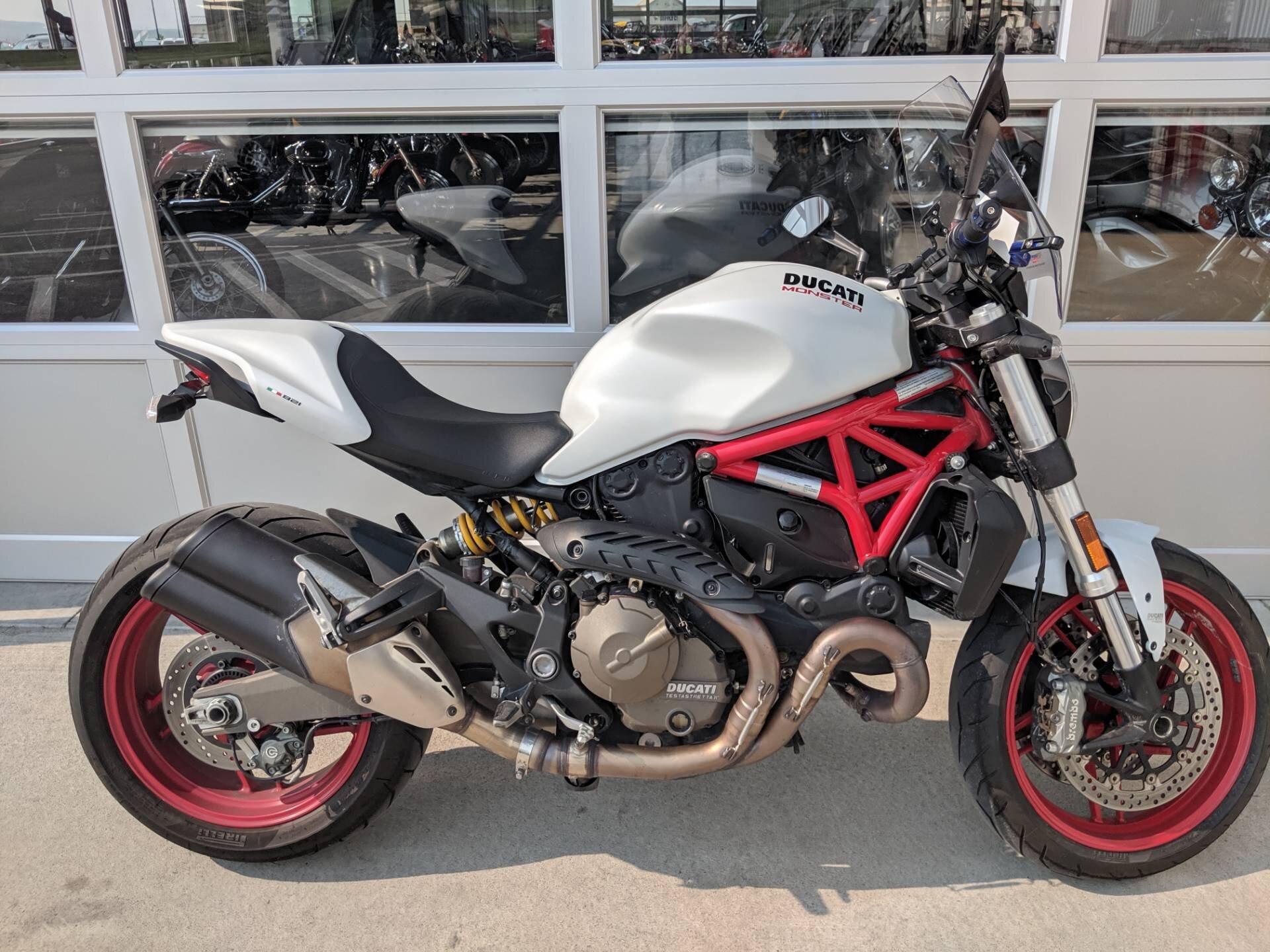 Ngoại hình thể thao, khỏe khoắn của Ducati Monster 821