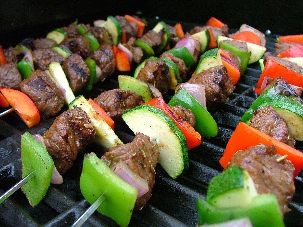 Những chiếc vỉ nướng đa năng sẽ mang đến cho bạn những món ăn thơm ngon, hấp dẫn