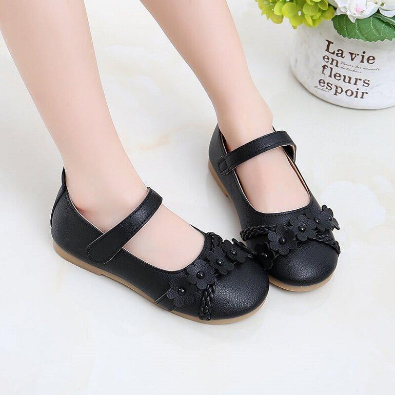 giày búp bê trẻ em màu đen
