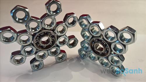 Con quay Fidget Spinner tự làm từ ốc vít