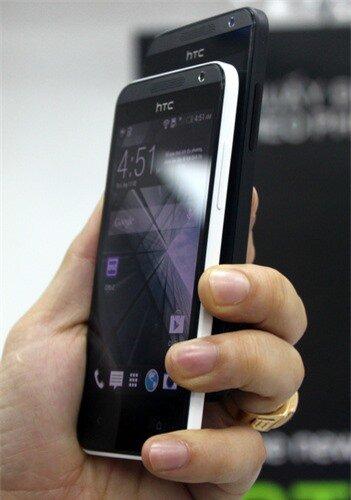 HTC-Desire-300-1-JPG-5461-1386836986.jpg