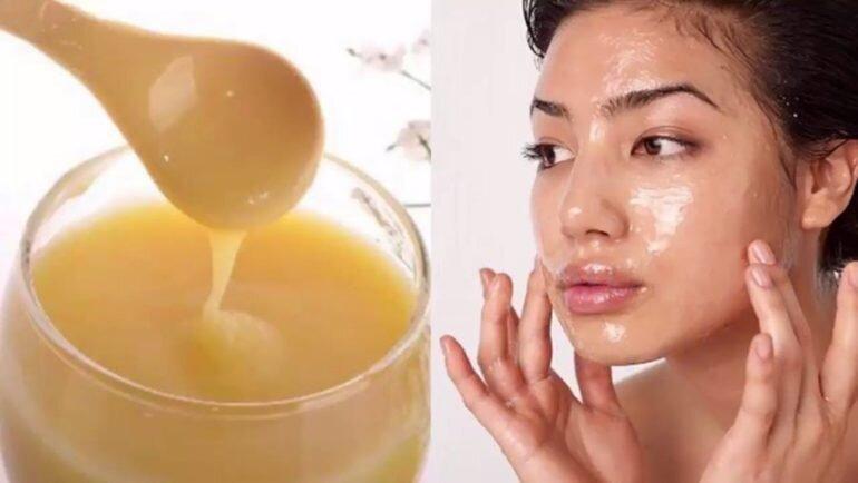 Nếu da mặt bạn dày và khỏe thì bạn có thể thoa ngay một lớp mỏng sữa ong chúa lên da rồi mát xa, để khô khoảng 30 phút sau đó rửa sạch là được