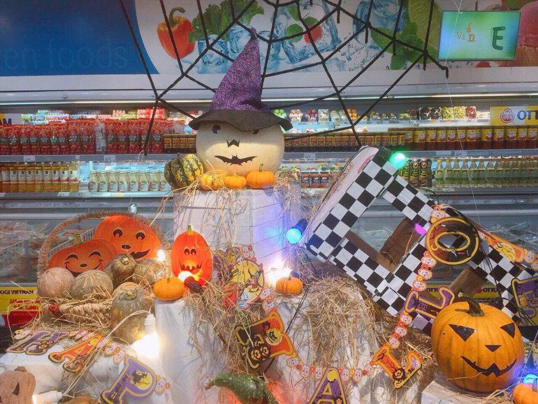 Trang trí Halloween tại các khu mua sắm Vincom (Nguồn: vanhoaonline.vn)