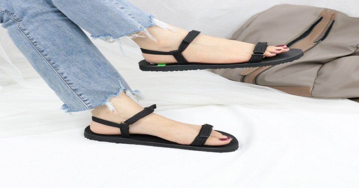 Giày sandal nữ quai ngang đế bệt quai bản nhỏ