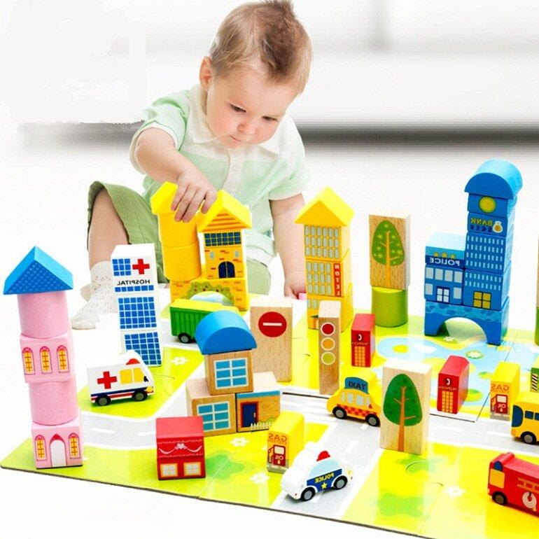 Đồ chơi mô hình giúp kích thích khả năng sáng tạo và tư duy của bé rất tốt