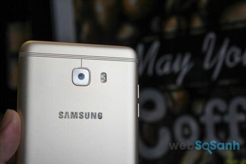 review smartphone galaxy C9 Pro