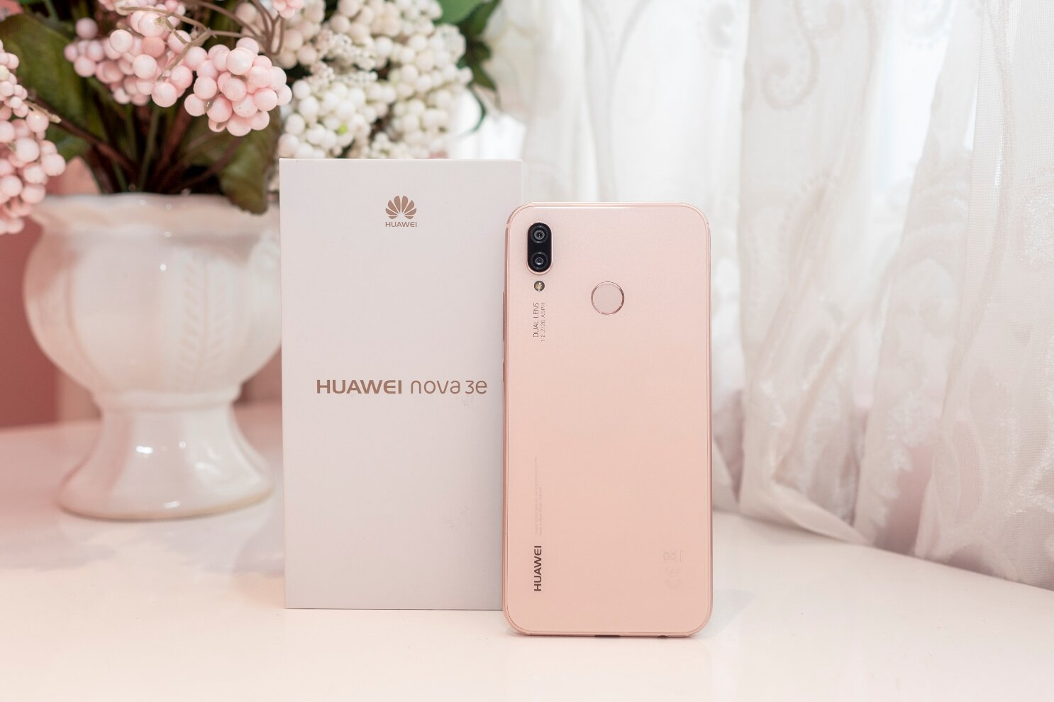 Huawei Nova 3E không chỉ đẹp và còn có hiệu năng cực tốt