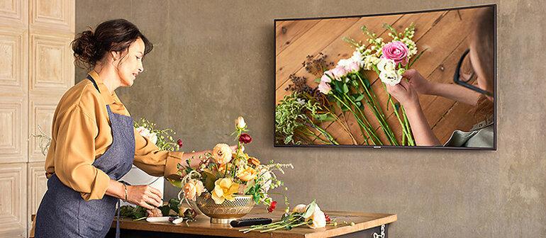Smart Tivi Cong Samsung 4K 55 inch UA55NU7300