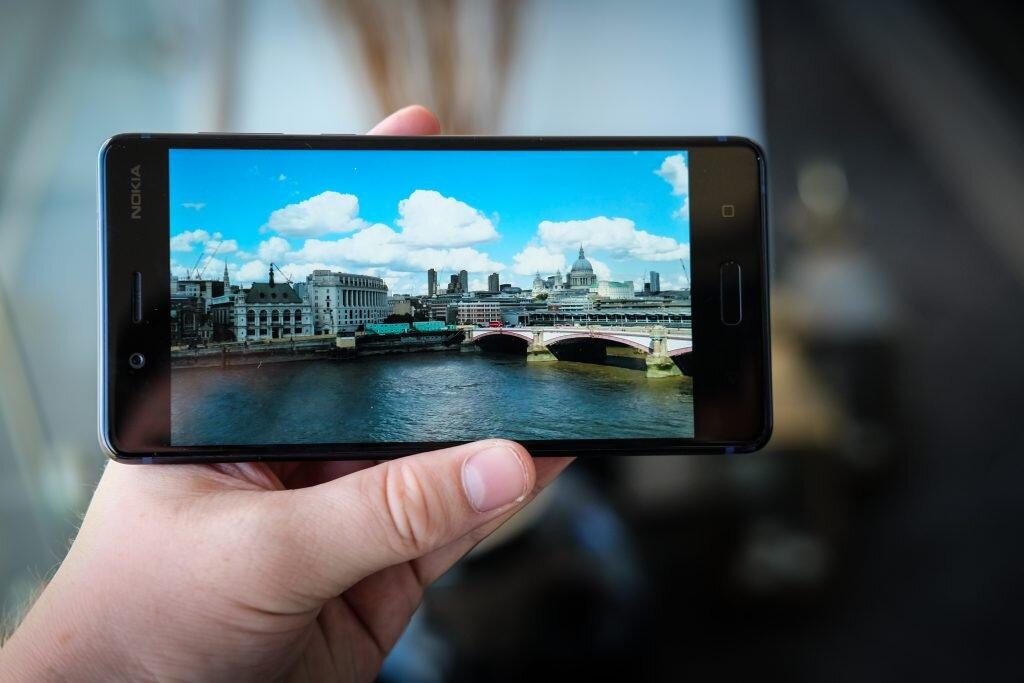 Trên tay Nokia 8