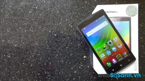 Smartphone A2010 được Lenovo trang bị cho màn hình cảm ứng kích thước 4,5 inch độ phân giải 854 x 480 pixel